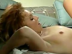 sarah licks muff
