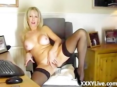 hawt blond d like to fuck decides to masturbate