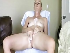 amateur milfs in real homemade vid! pls comment!