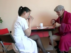 petite asian slut doing a french old guy papy