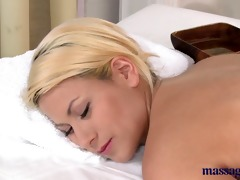 massage rooms blonde with gorgeous feet has her