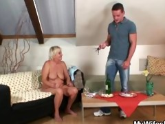 he finds his gfs mom stripped and copulates her