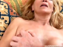 skinny blonde d like to fuck enjoys a sticky