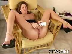 glass sextoy in juicy cunt