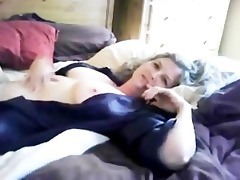 amateur cyber-practice large breasted milf