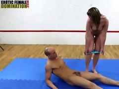 large gazoo mistress faccesitting mixed wrestling