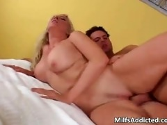 lonely blonde milf with large pointer sisters
