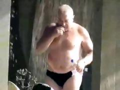 dad changes his underwear