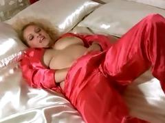 busty cougar masturbation