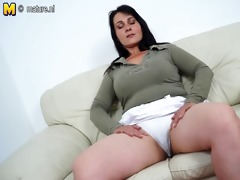 hawt mother masturbating when she is is all alone
