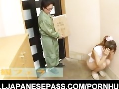 apron-clad milf sucks the delivery man off