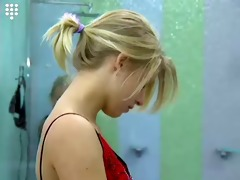 big brother nl hot blonde teen hotty shows boobs