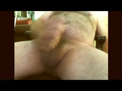 hairy dad jerking off on cam